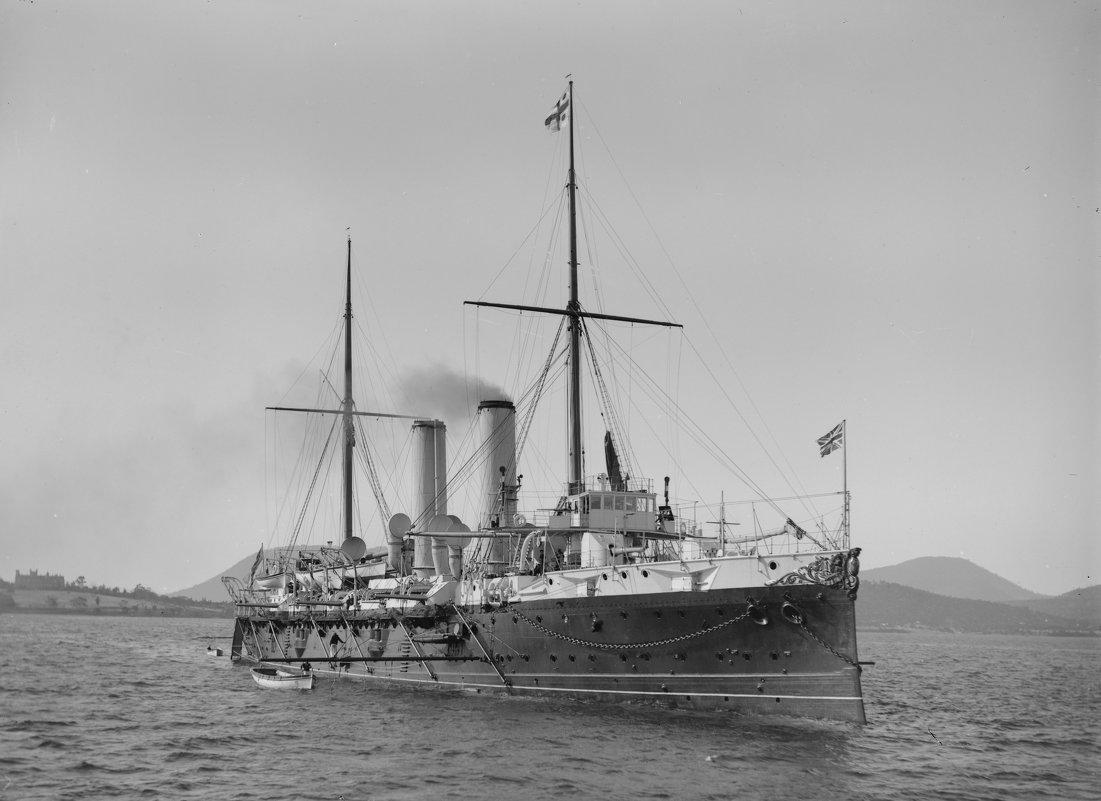 "бронепалубный крейсер ""Royal Arthur"" , ""Edgar"" Class. - Александр"