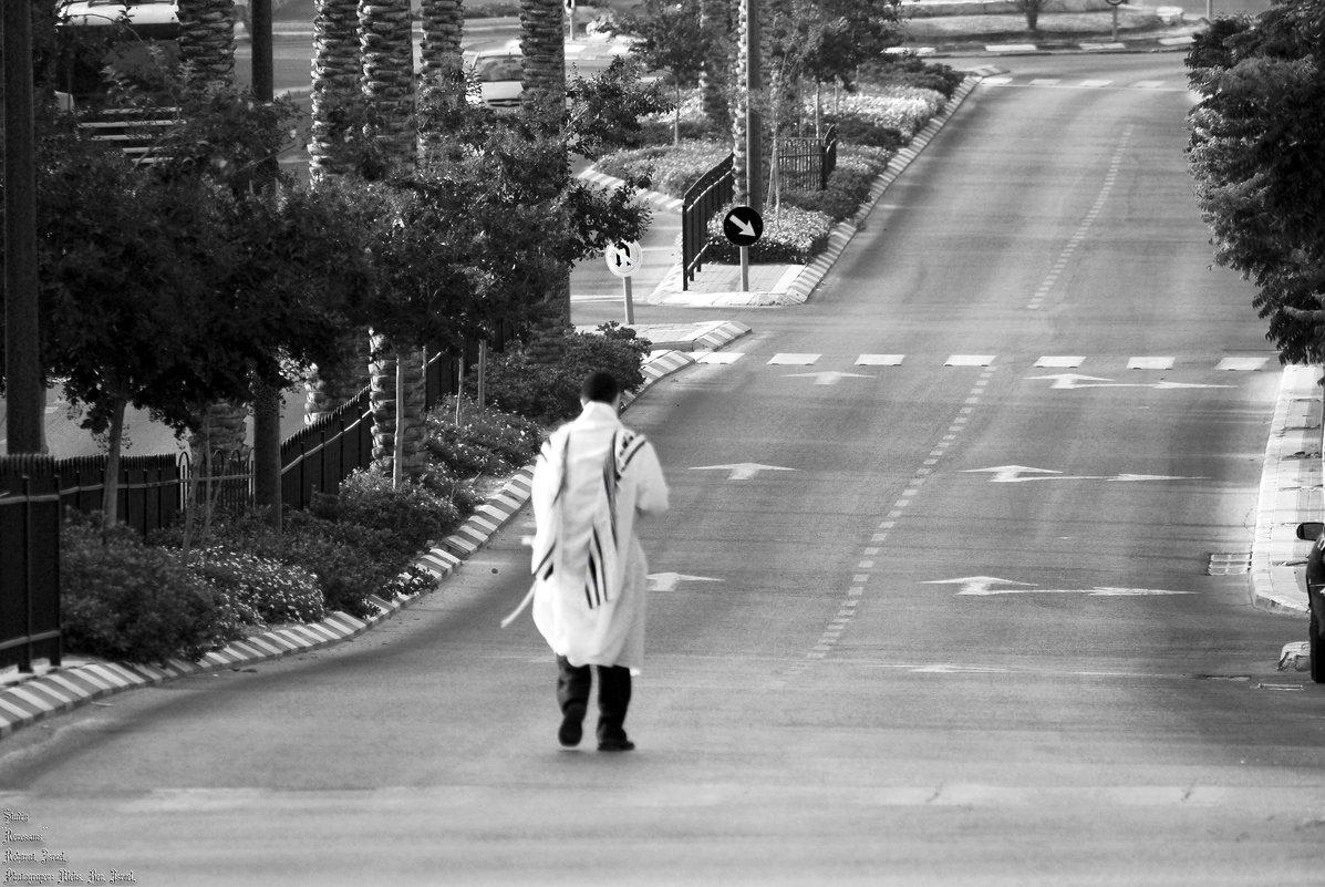 По дороге в Синагогу .... - Aleks Ben Israel