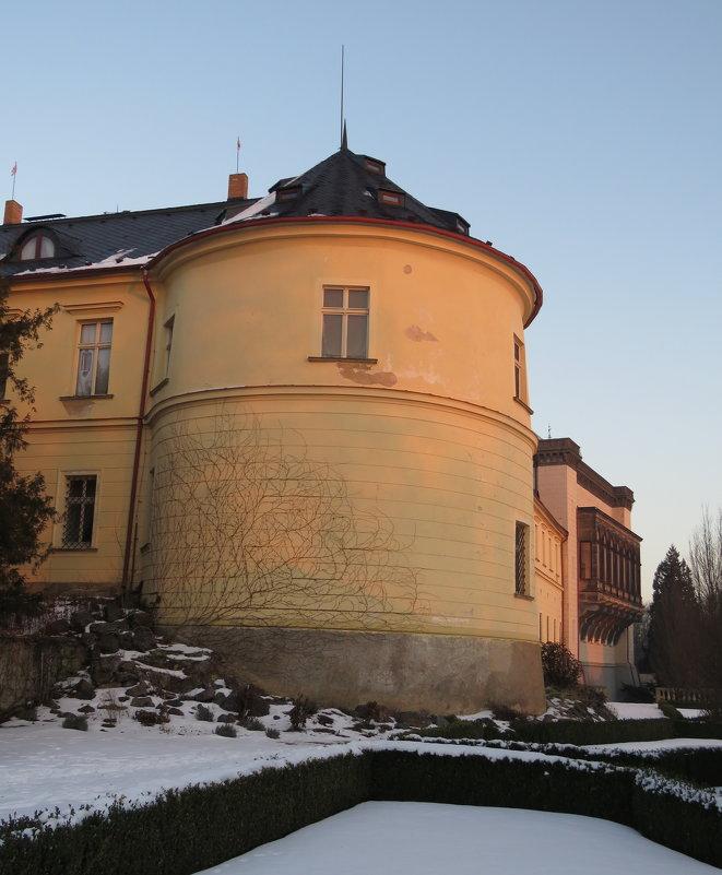 Башня замка Збирог - ИРЭН@ Комарова