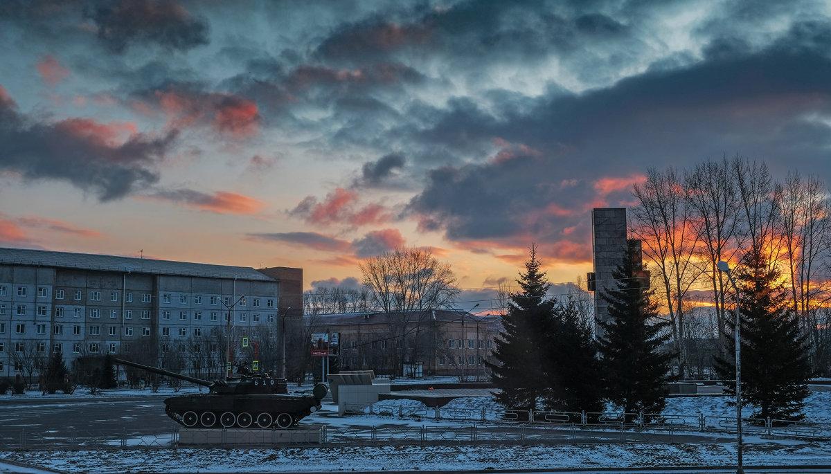 Утро выходного дня (вид из окна) - Алексей Мезенцев