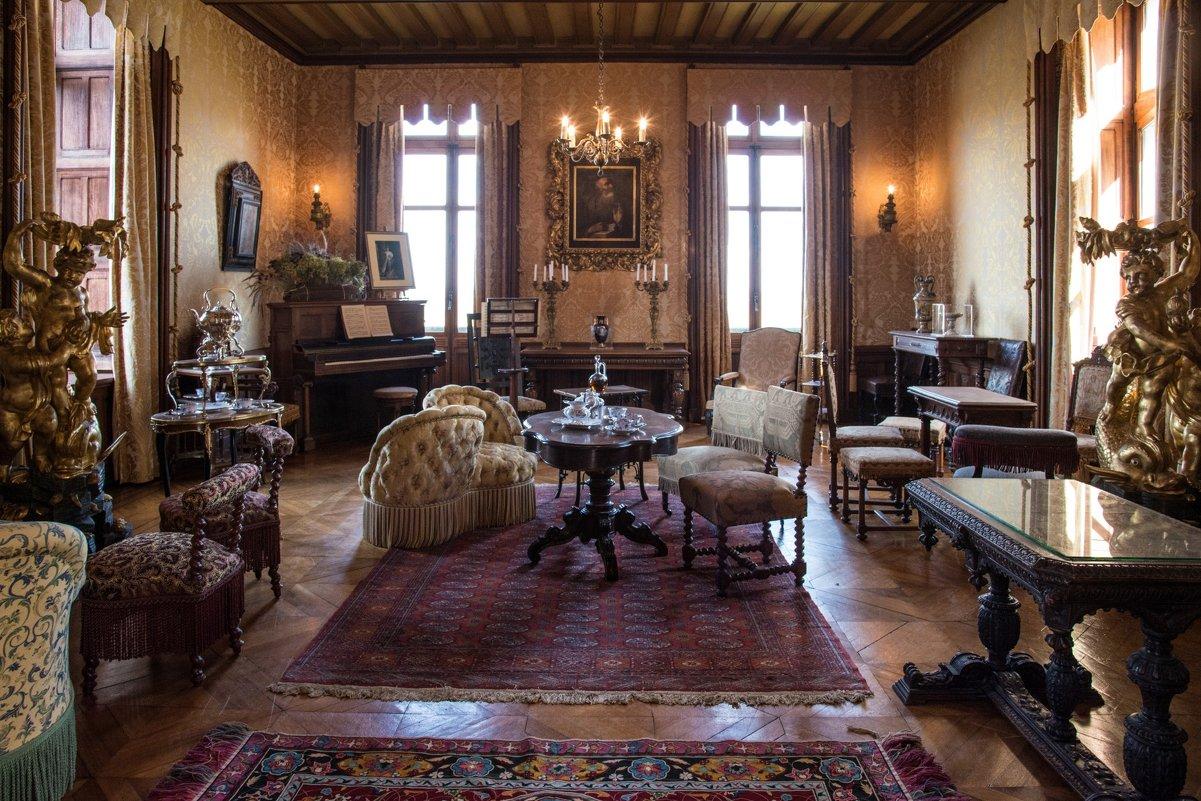 большая гостиная замка Шомон/Луар (Chaumont/Loire) - Георгий
