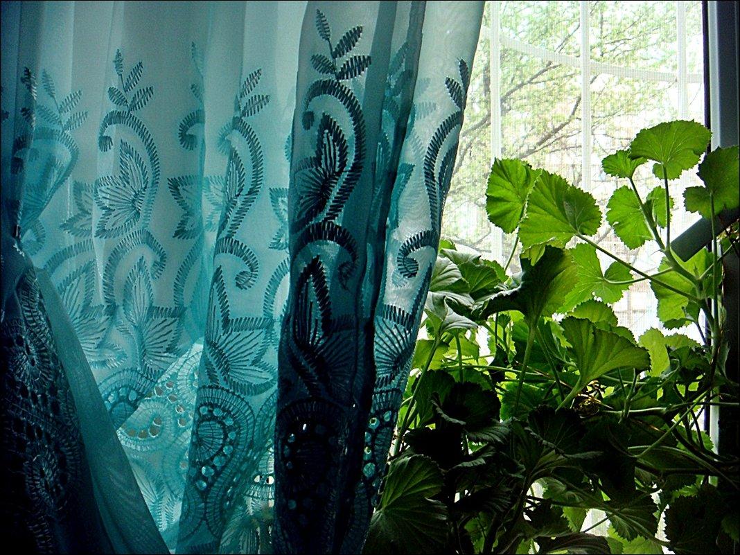 В зелёных тонах - Нина Корешкова