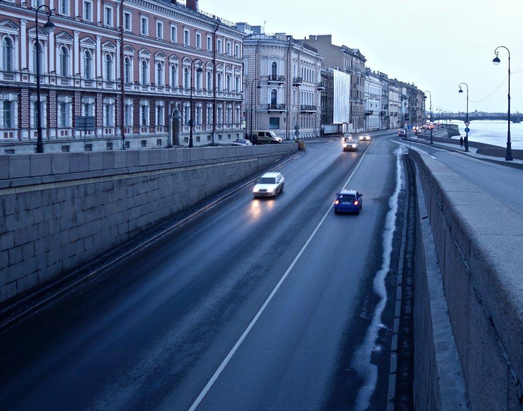 вдоль набережной Кутузова - Елена