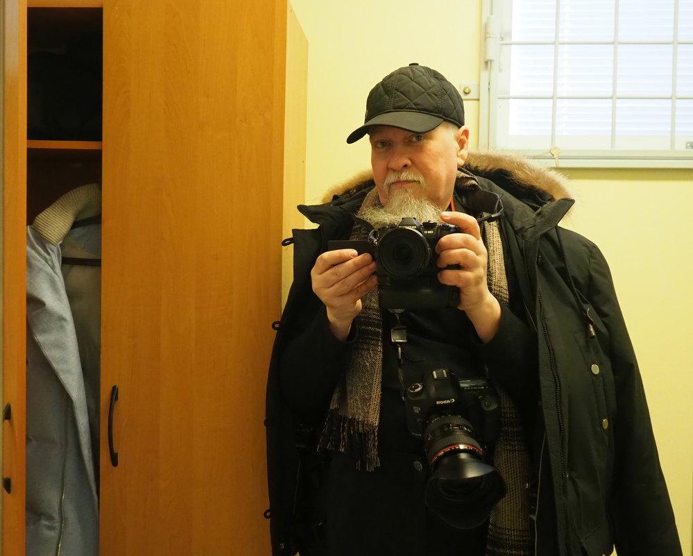 Отражение в зеркале или Селфи в казенном доме - Михаил Зобов