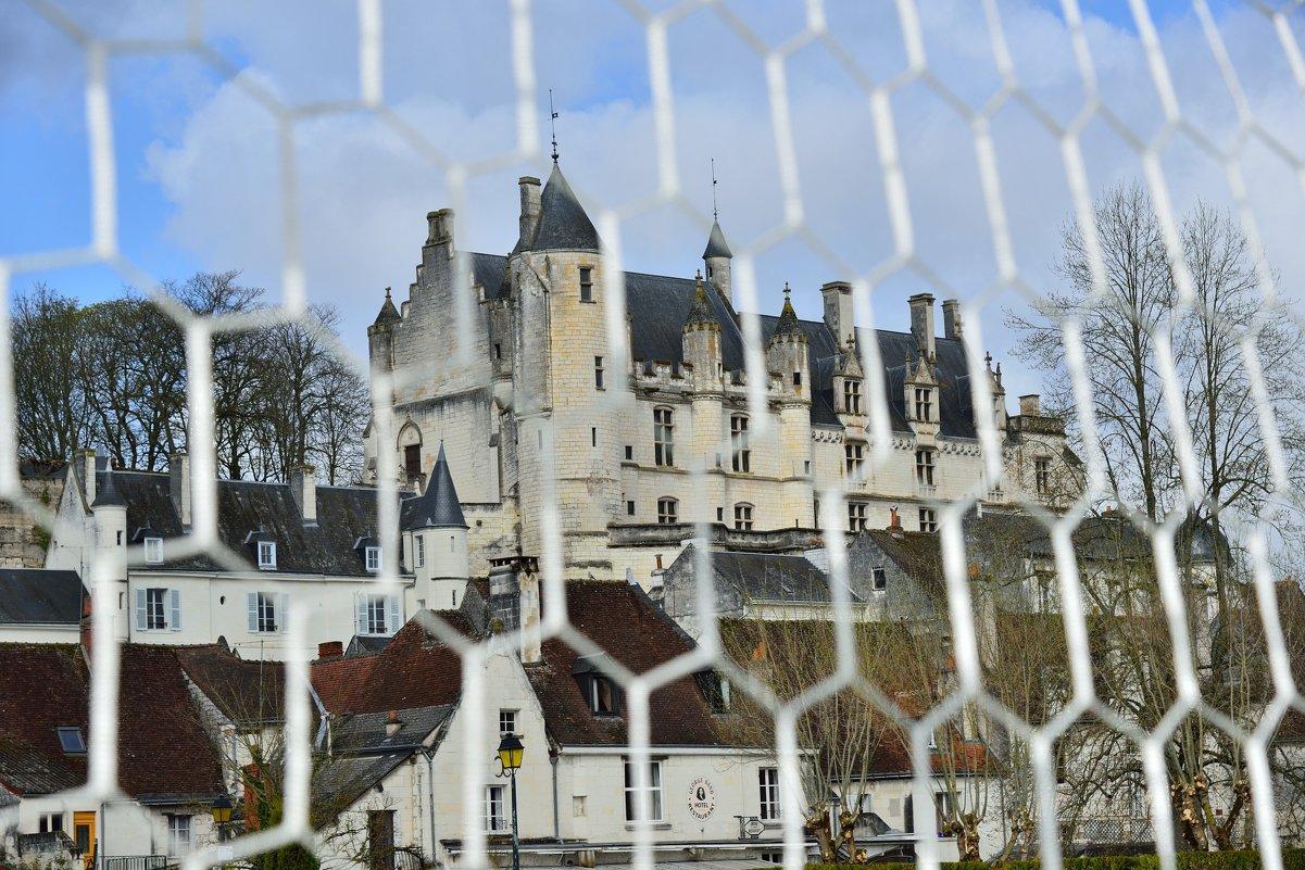королевский замок г. Лошь (Logis Royal de Loches) - Георгий