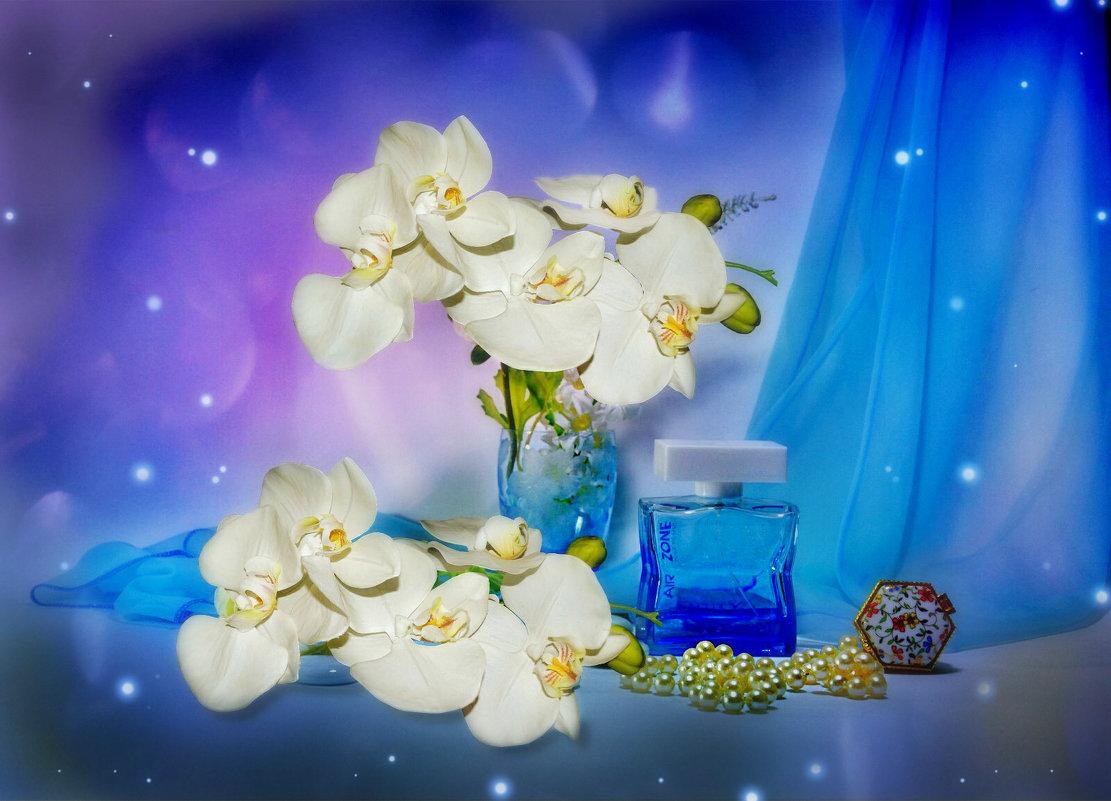 Голубой флакон - Наталия Лыкова