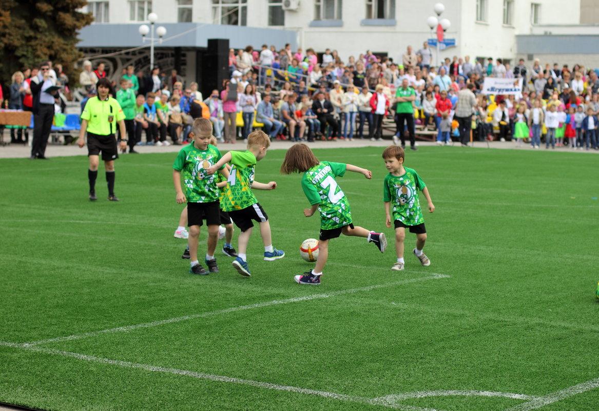 Турнир по детсадовскому футболу - Лидия (naum.lidiya)