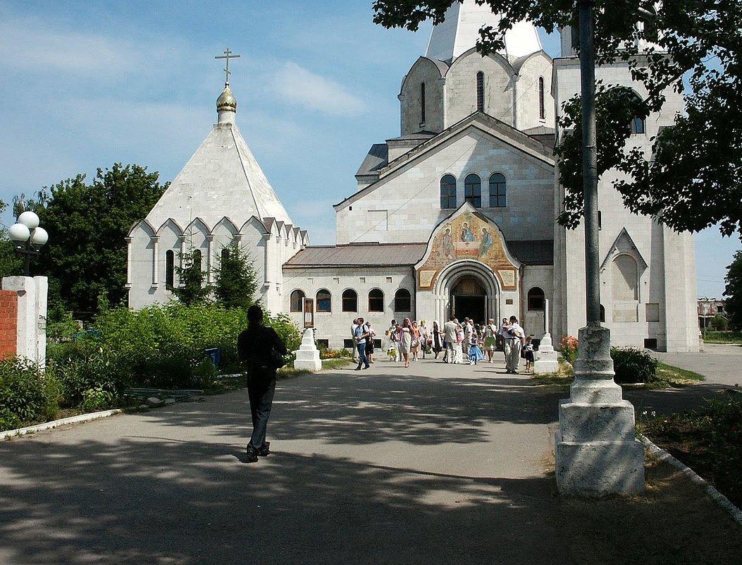 После венчания. Троицкий храм. Балаково. Саратовская область - MILAV V