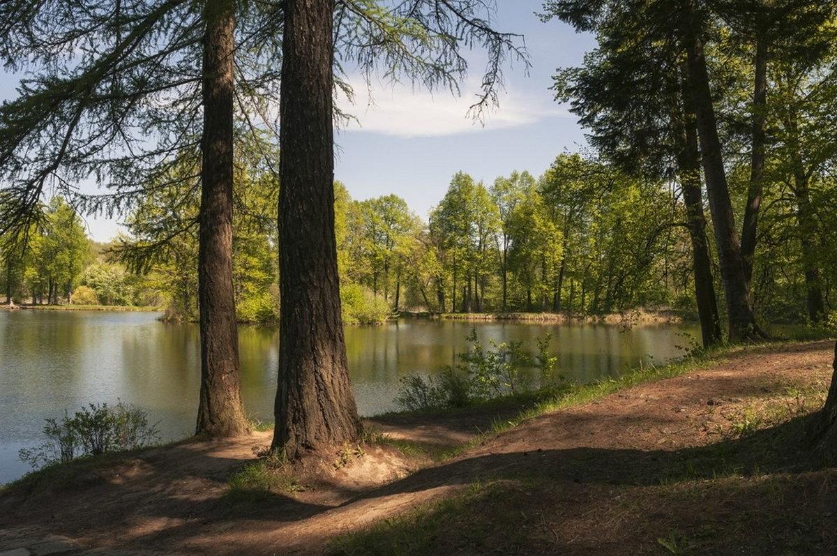 У озера - Natalia