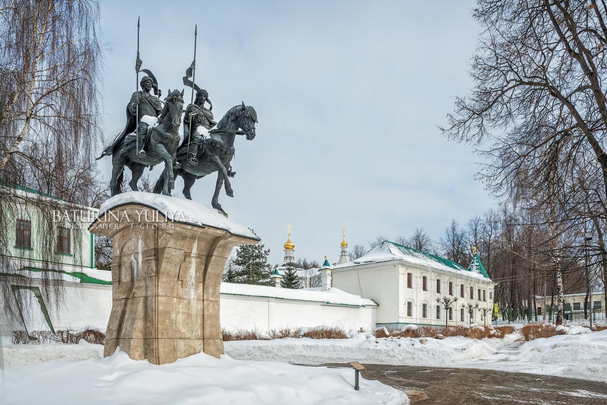 Памятник Борису и Глебу - Юлия Батурина