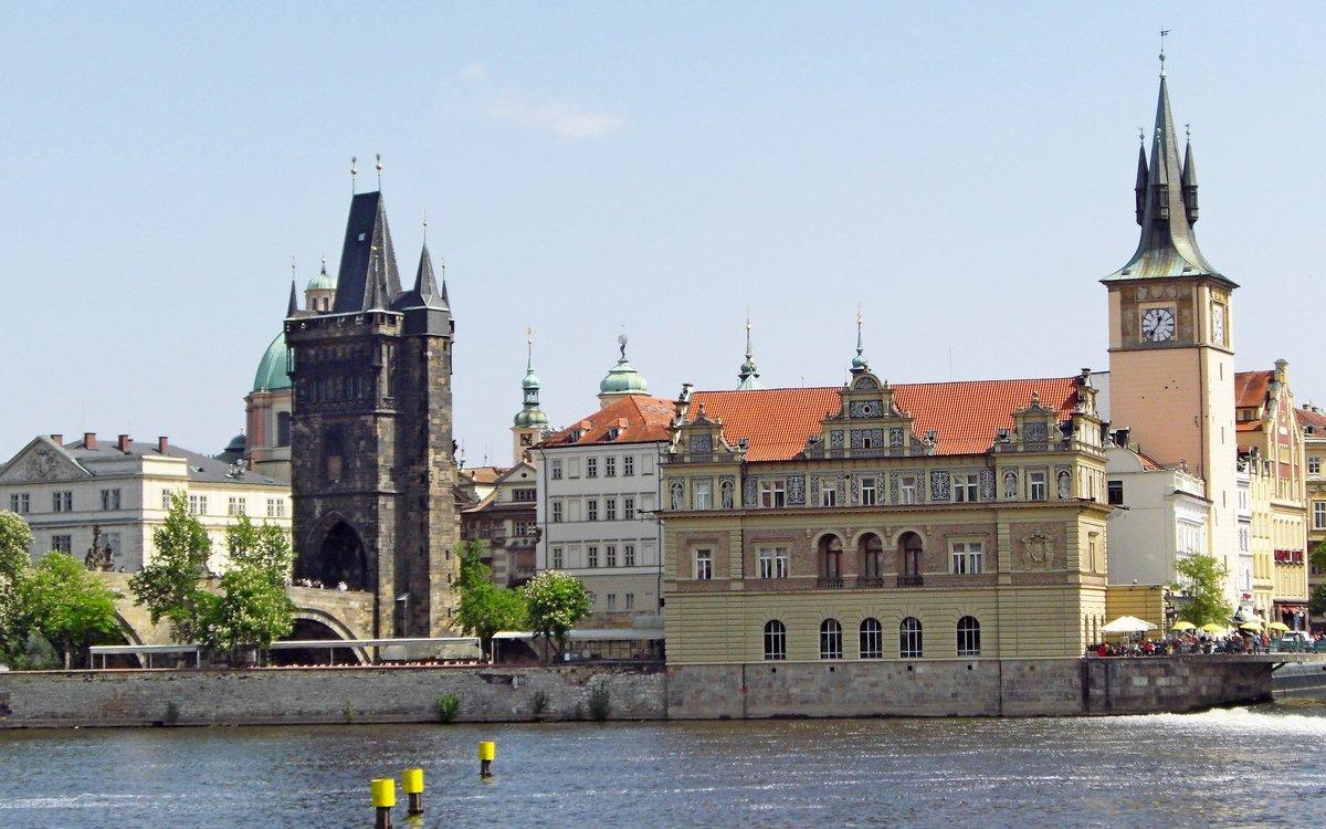 Пороховая башня или Пороховые ворота в Праге! - ирина