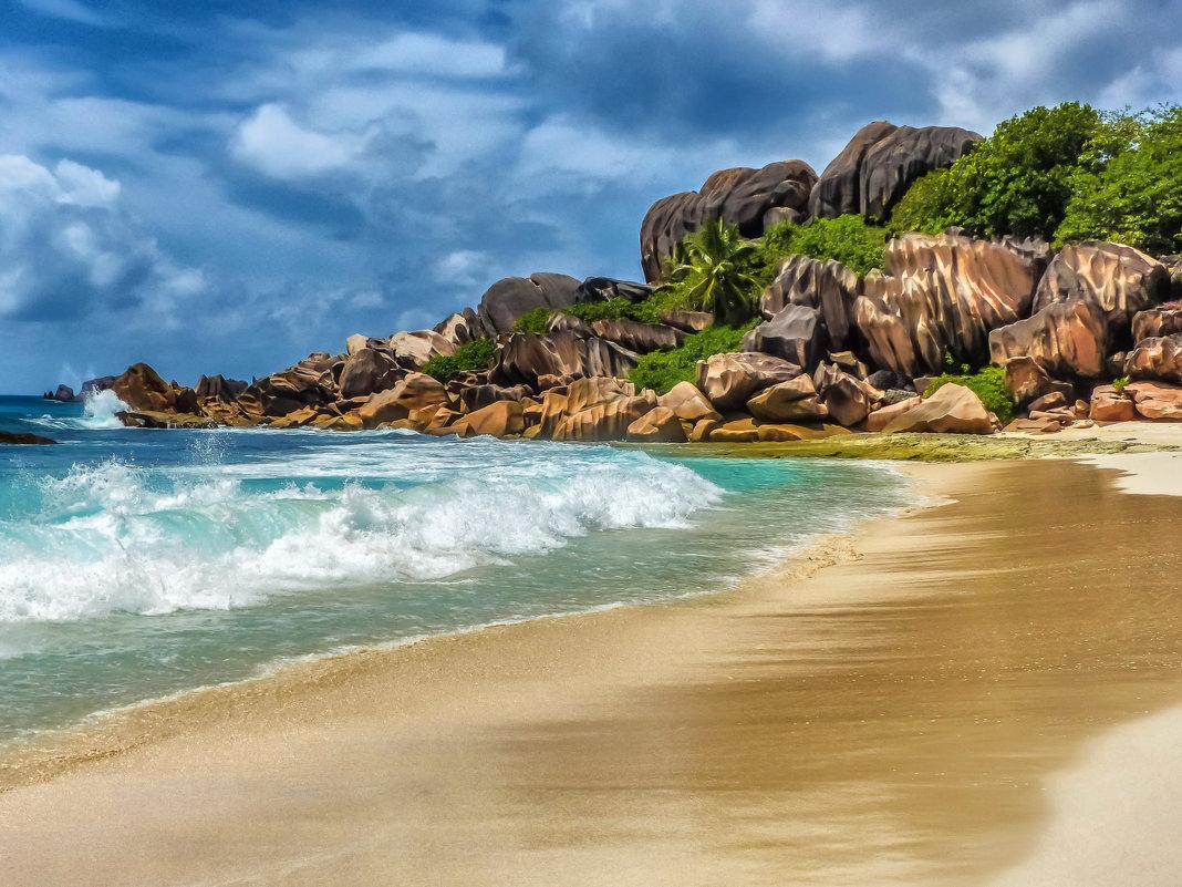 на райском пляже (почти) - Георгий