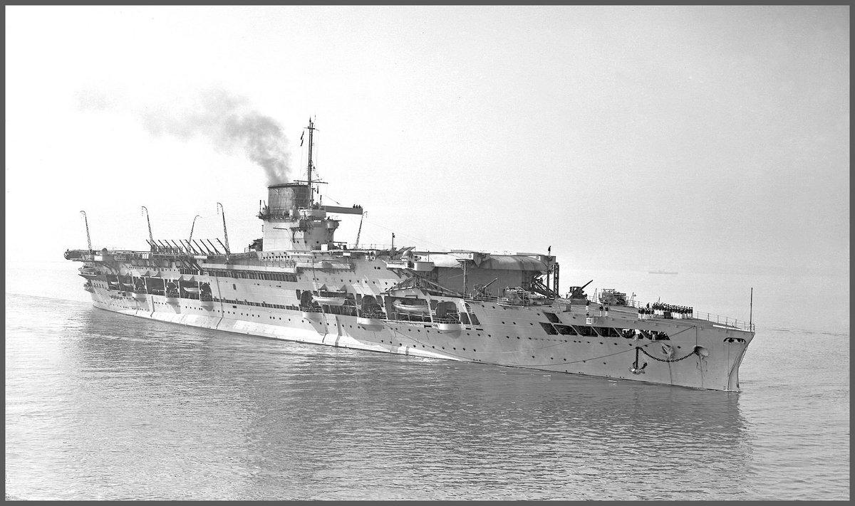 "английский авианосец ""HMS Glorious"" . - Александр"
