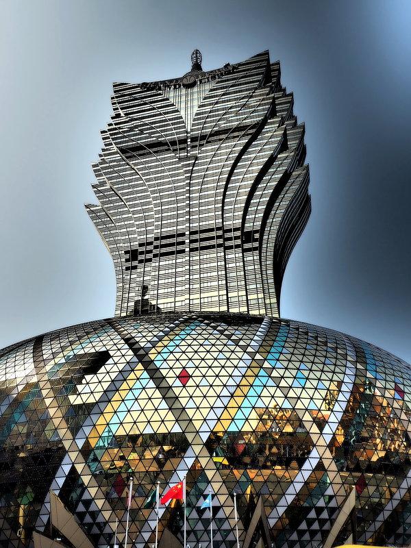 Отель-казино Grand Lisboa в Макао, Китай - Swetlana V