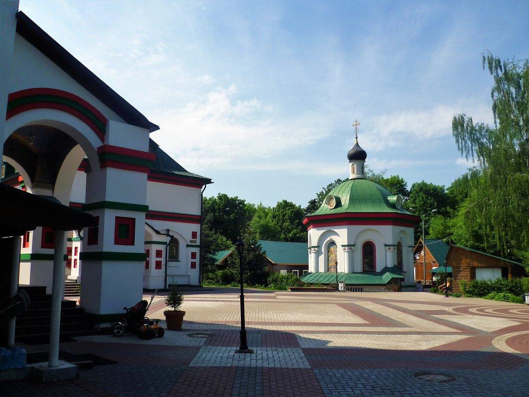 Храм Живоначальной Троицы в Старых Черемушках - Ольга (crim41evp)