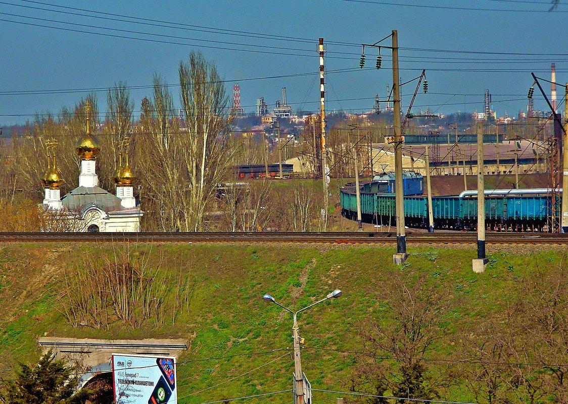церквушка у железной дороги - Александр Корчемный