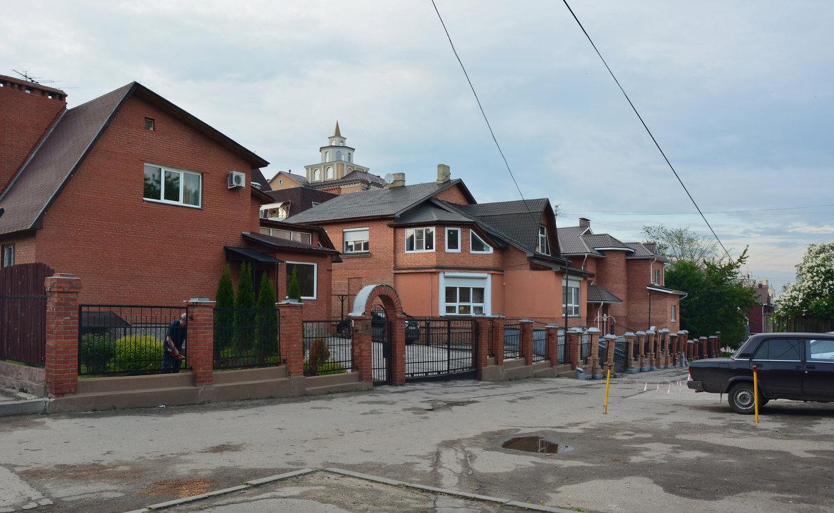 Переулок двухэтажных домов (панорама) - Александр Буянов