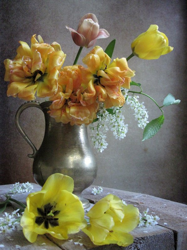 Последнее танго желтых тюльпанов - Наталия Тихомирова