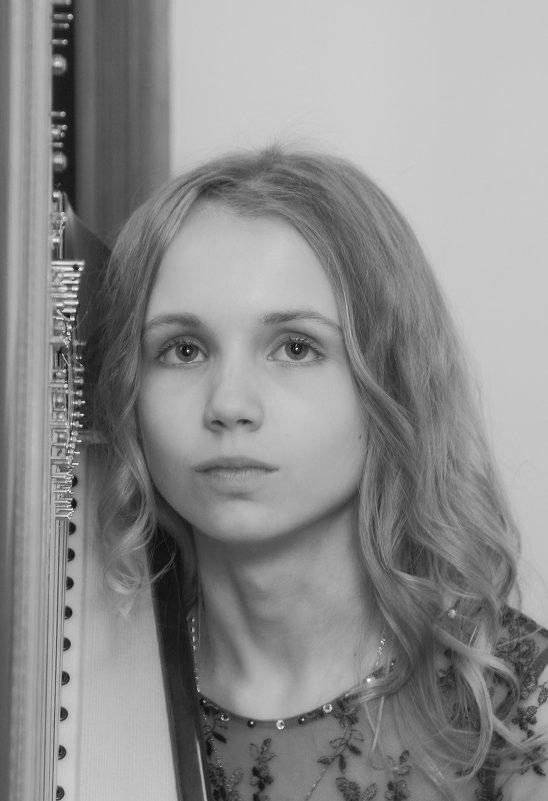 Александра - Тарас Золотько