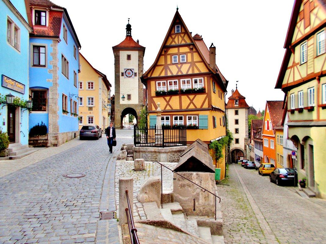 развилка Плёнлейн (Plönlein), самый растиражированный открыточный вид городка, его негласный символ - backareva.irina Бакарева