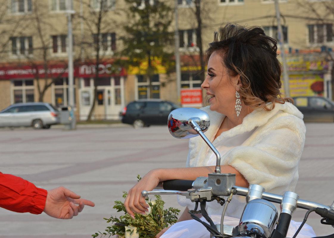 Ну что, красивая, поехали кататься - Андрей + Ирина Степановы