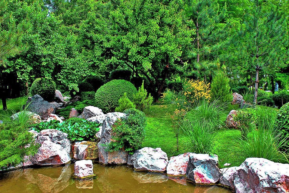В японском саду - Светлана