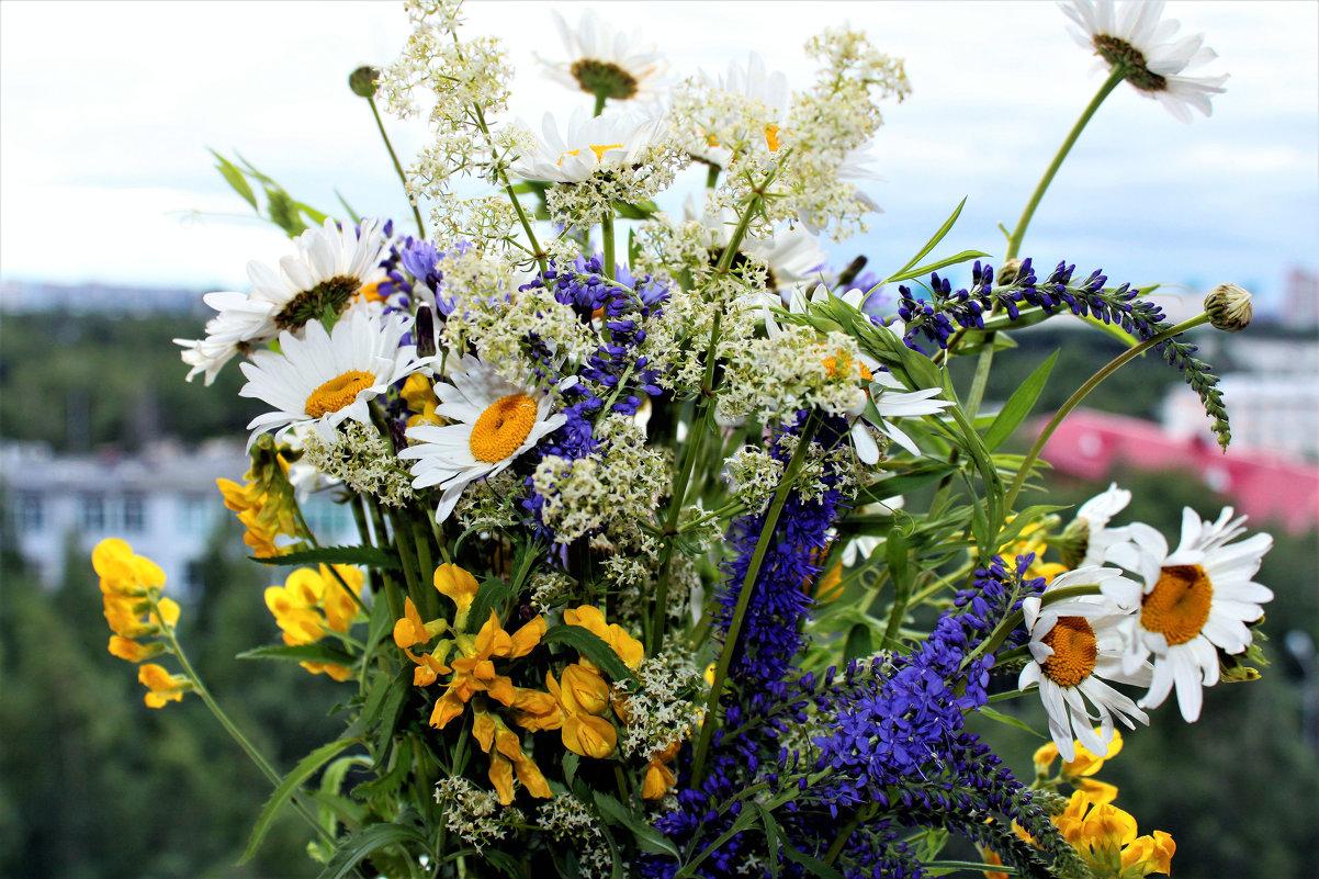 Букетик полевых цветов - Алла ZALLA