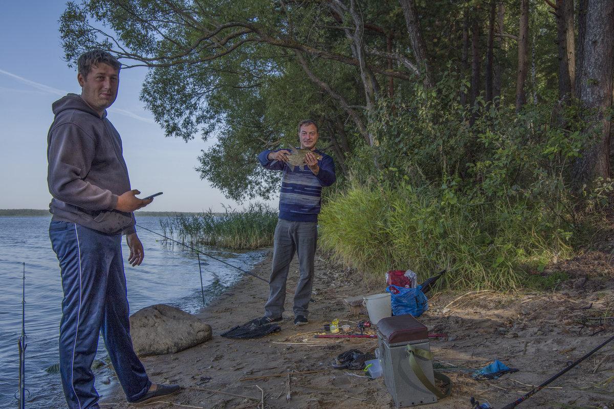 Еще один снимок счастливых рыбаков. - Михаил (Skipper A.M.)