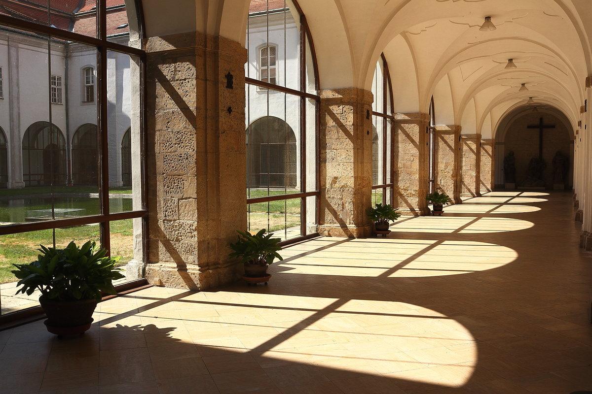 В Страговском монастыре в Праге. - Михаил Лесин