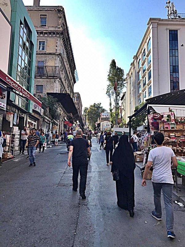 Три  дня  в  Стамбуле (Улочки) - Виталий Селиванов