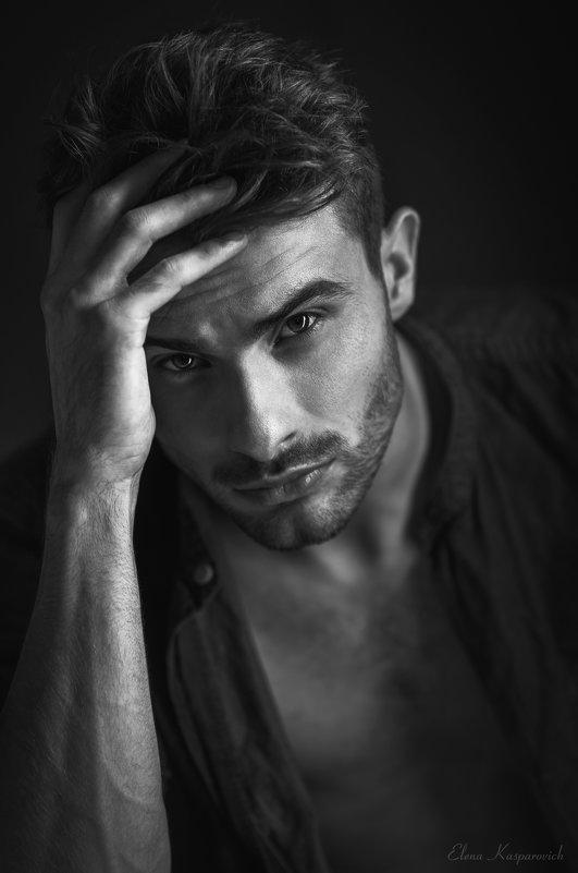 мужской портрет - Елена Каспар