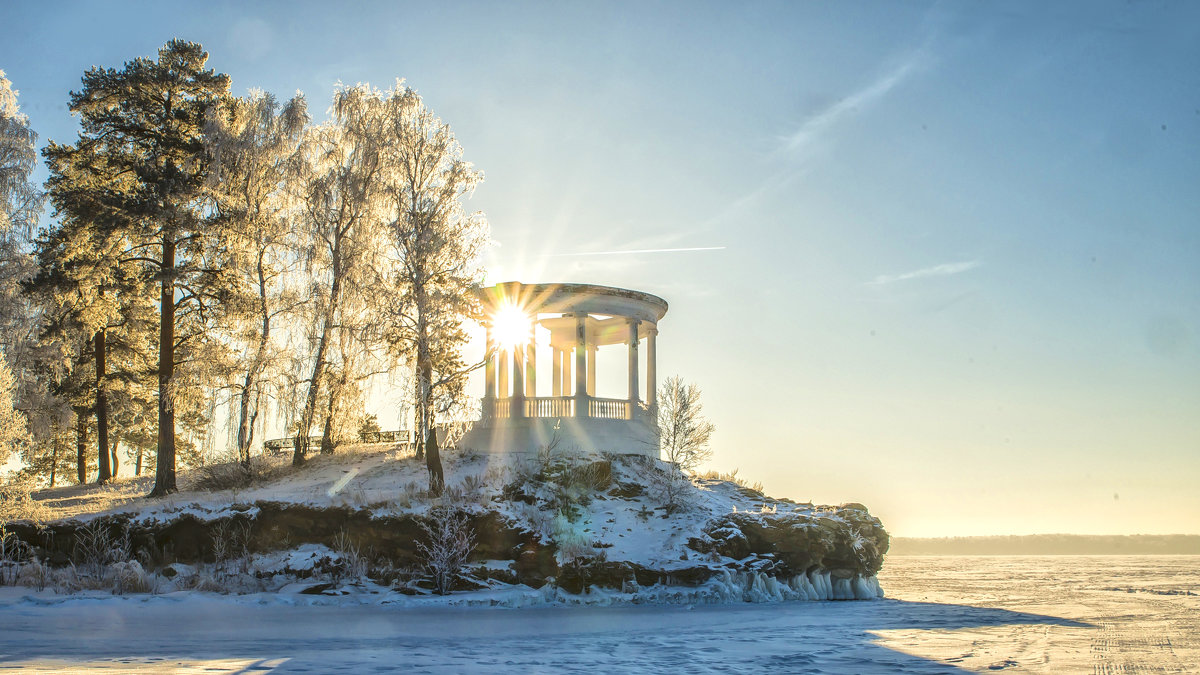frost and sun is a wonderful day - Dmitry Ozersky