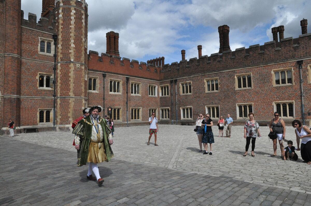 Выход Короля Англии Генриха VI к подданным... - Борис