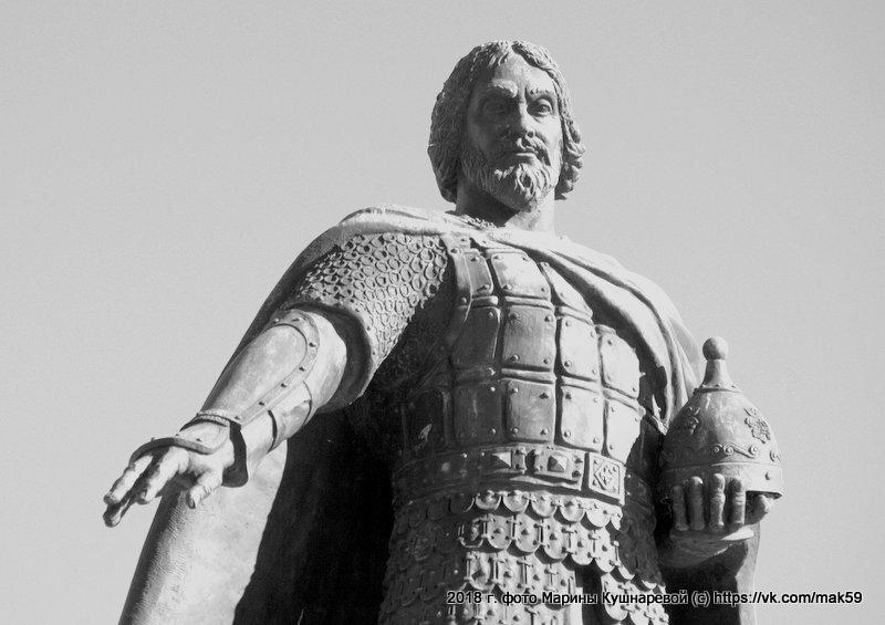 Памятник Василию Храброму - Марина Кушнарева