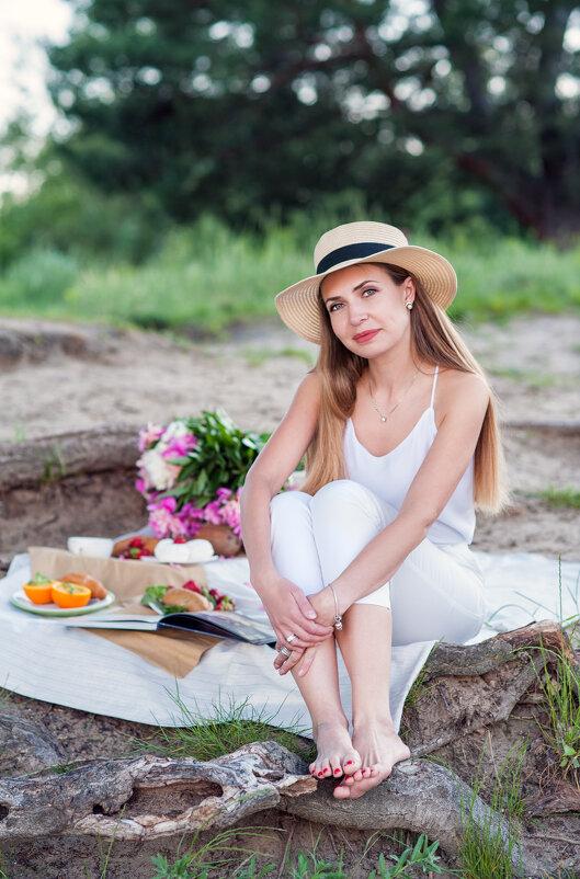 Пикник - Кристина Волкова(Загальцева)