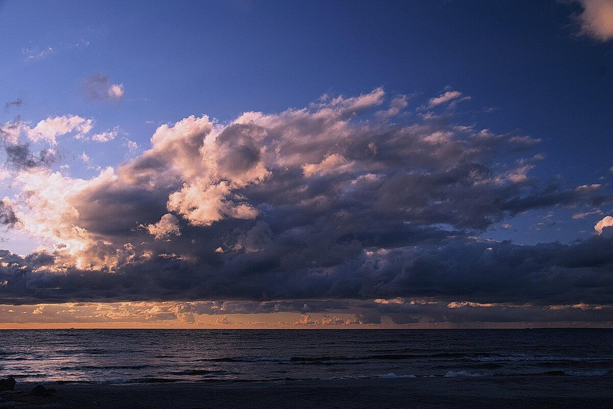 небо над балтикой - Игорь Овчинников