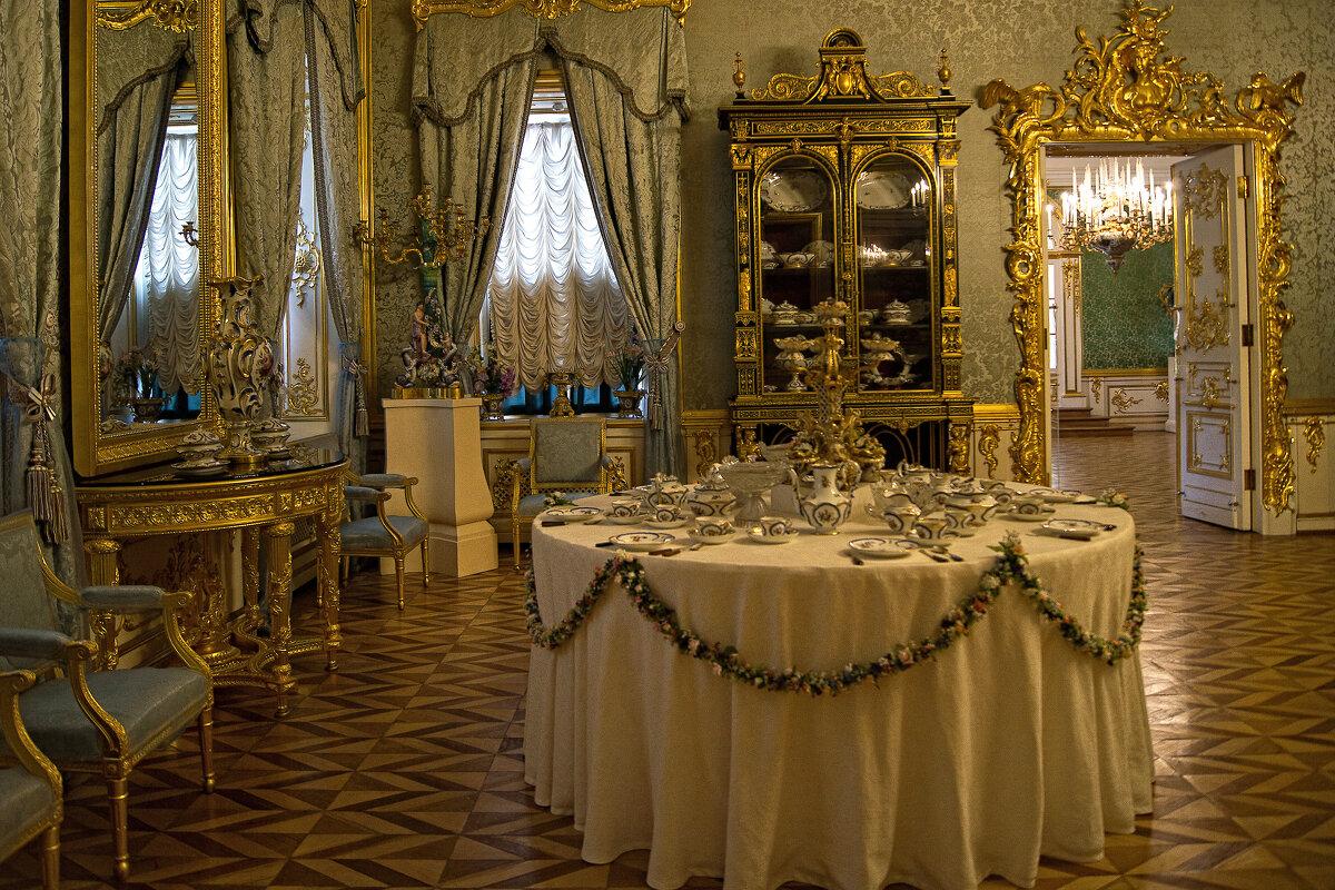 Голубая гостинная. Петергофский дворец. - Лариса С.