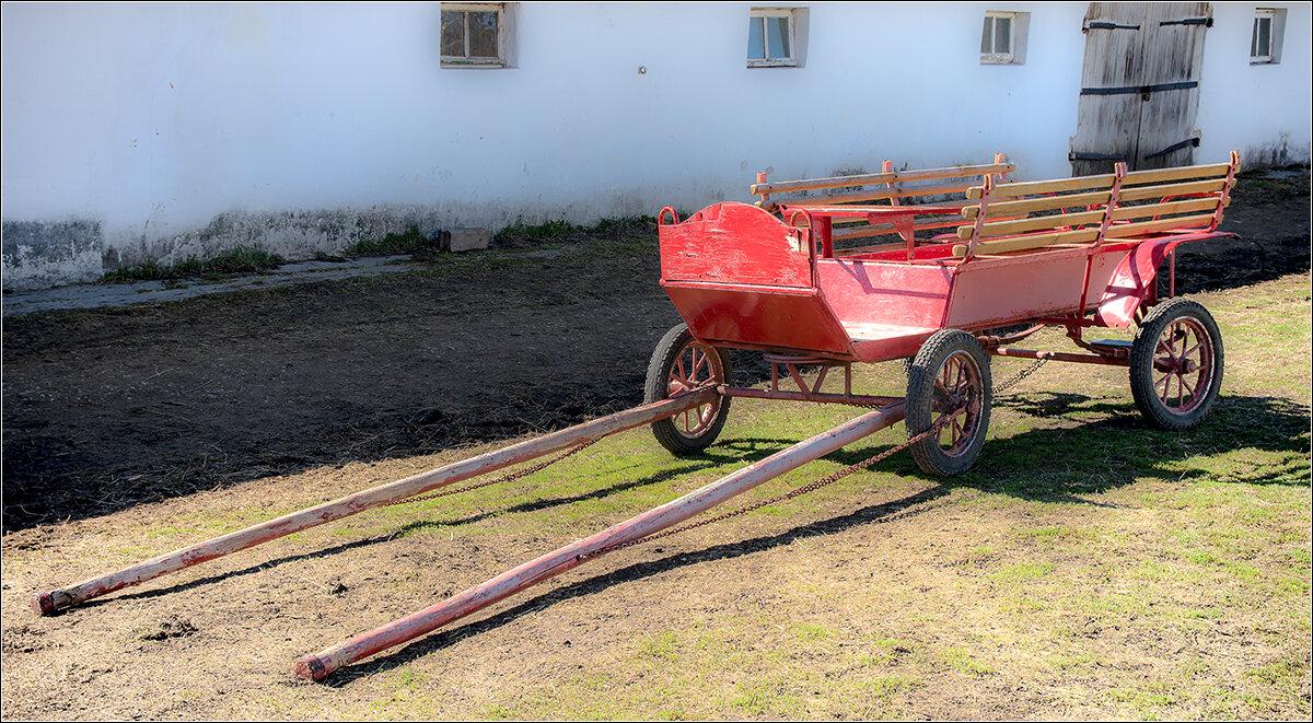 Повозка у конюшни - Влад Чуев