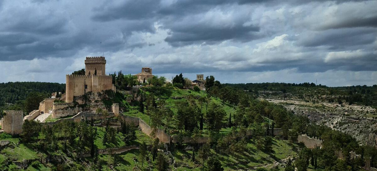 Древняя крепость - Валерий Т