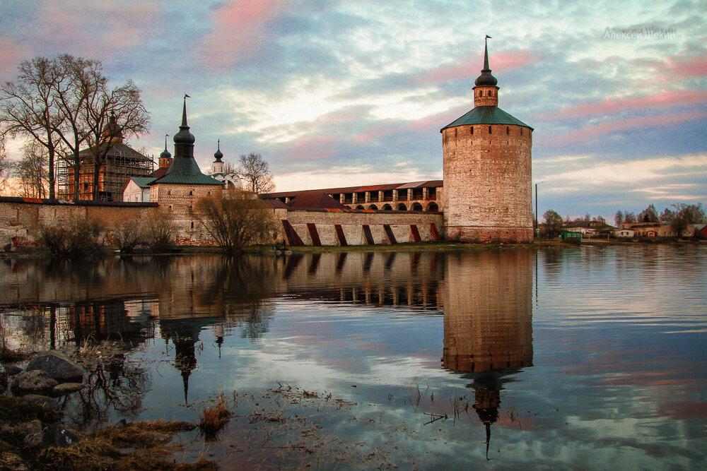 Кузнечная башня Кирилло-Белозерский монастырь - Алексей Шехин