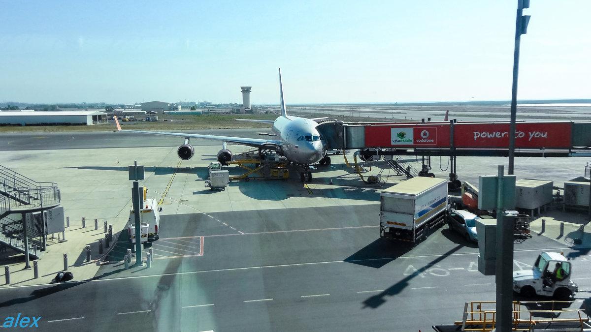 Сайт аэропорта ларнака кипр