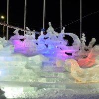 Ледяные скульптуры :: Владимир Сороколит