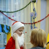 утренник Новый год у старшего сына... Дедушка Мороз... :: Ильназ Фархутдинов