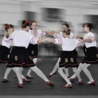 танец 1 :: павел бритшев