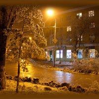 аптека ,улица ,фонарь... :: Сергей Андриянов