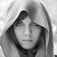 Тяжёлый взгляд :: Евгения Осипова