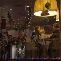 Вечер в кафе :: Елена Жукова