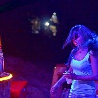 Вечеринка на необитаемом острове. г. Сиануквиль. :: Константин Василец