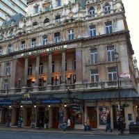 Her Majesty;s Theatre    Её Величествo театр :: Aleksandr Papkov
