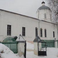 Ворота в Храм открыты каждому человеку. :: Ольга Кривых